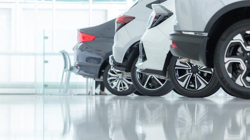 Branchenlösungen - Autos in der Reihe